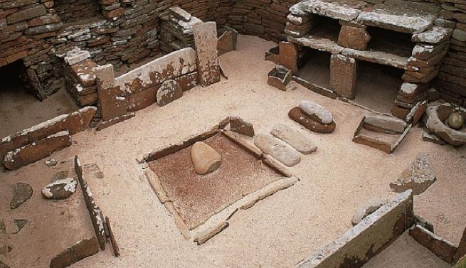 Внутри древнего жилища