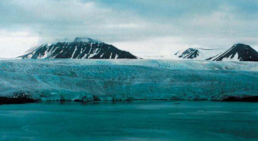 окровный ледник в Гренландии