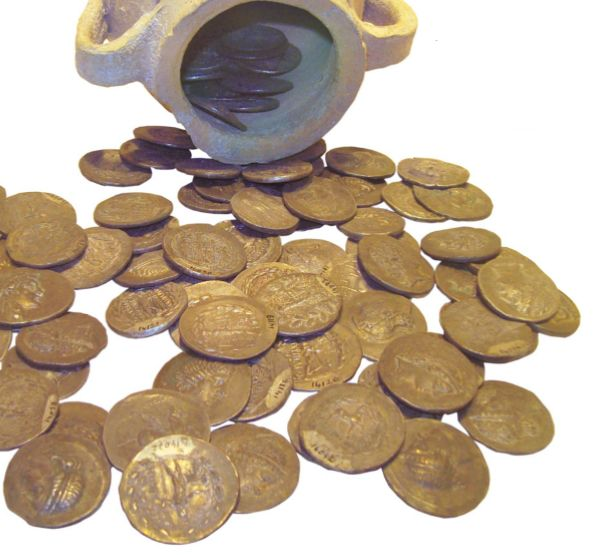 Греческие монеты различной чеканки