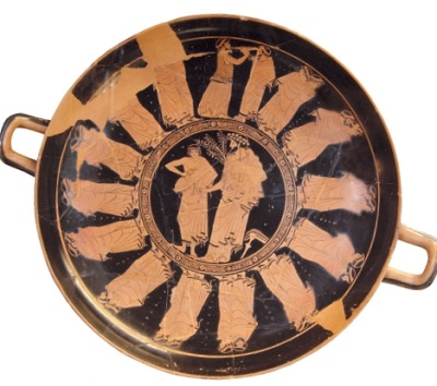 Чаша с изображением праздника Апатурий в Афинах, 480 г. до н. э. Лувр, Париж