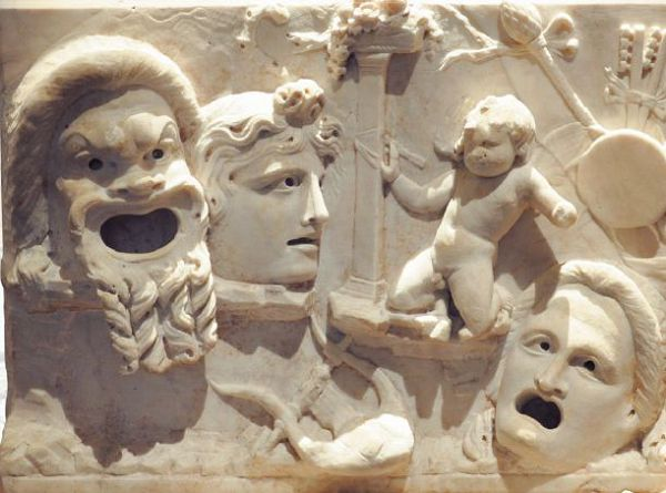 Театральные маски. Рельеф, I в. н. э. Музей истории искусств, Вена