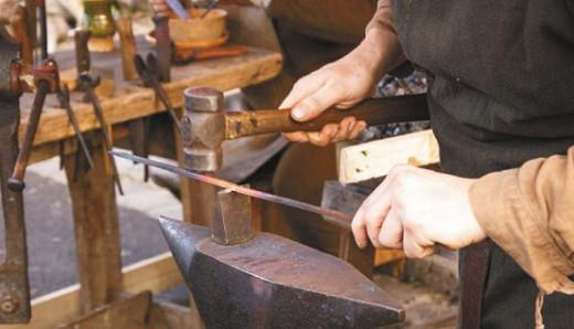 Многие старинные способы обработки металлов существуют и сегодня