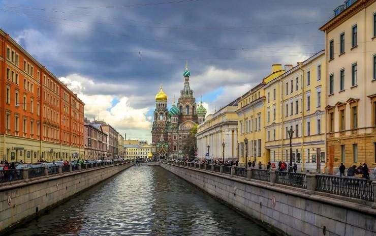 Канал Грибоедова, который часто упоминается в произведениях Ф. М. Достоевского