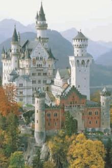 Замок Нойшванштайн в Баварии (Германия)