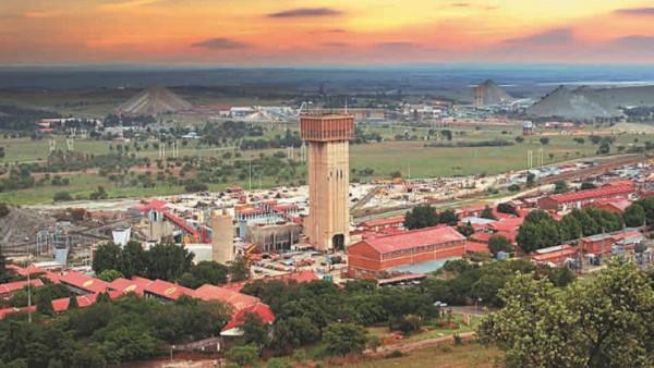 Современный рудник по добыче золота в ЮАР
