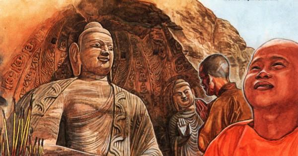 Монахи перед огромной 17-метровой статуей Будды
