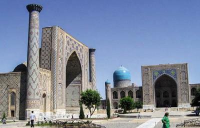 Медресе в Самарканде, Узбекистан
