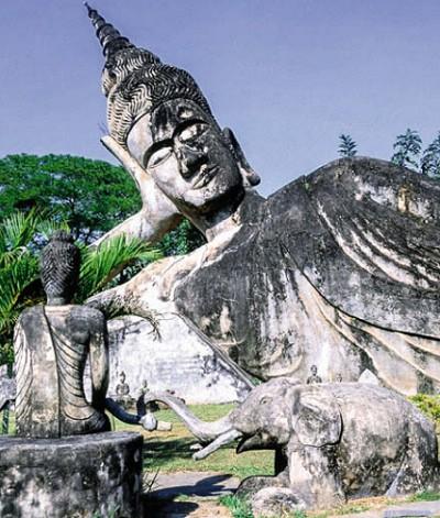 Статуя Будды. Лаос