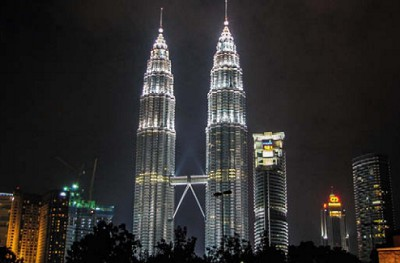 Башни Петронас. Куала-Лумпур, Малайзия