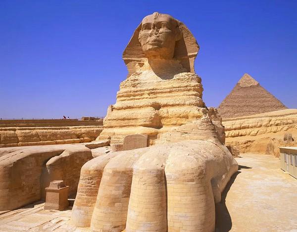 Большой Сфинкс фараона Хефрена в Гизе