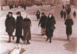 На Невском проспекте блокадного Ленинграда
